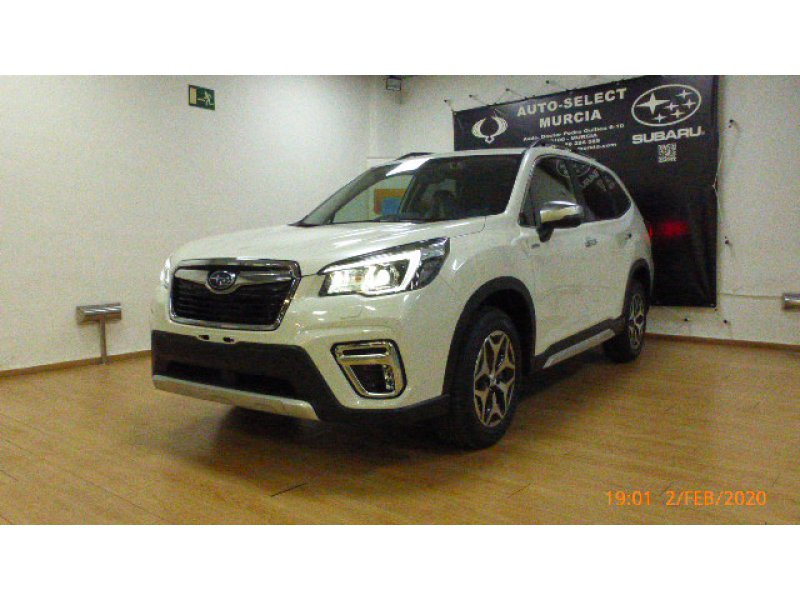 Subaru Forester 2.0i Hybrid CVT Executive