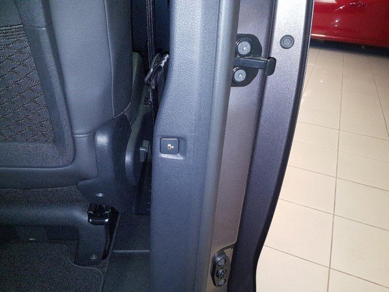 Peugeot Traveller 2.0 BlueHDi 150 Standard Allure
