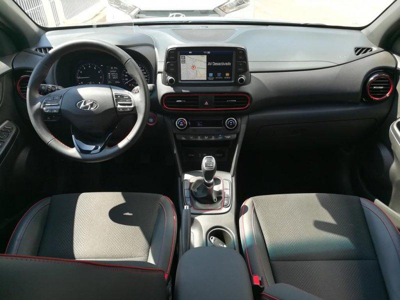 Hyundai Kona 1.0 TGDi 4x2 AEB Tecno