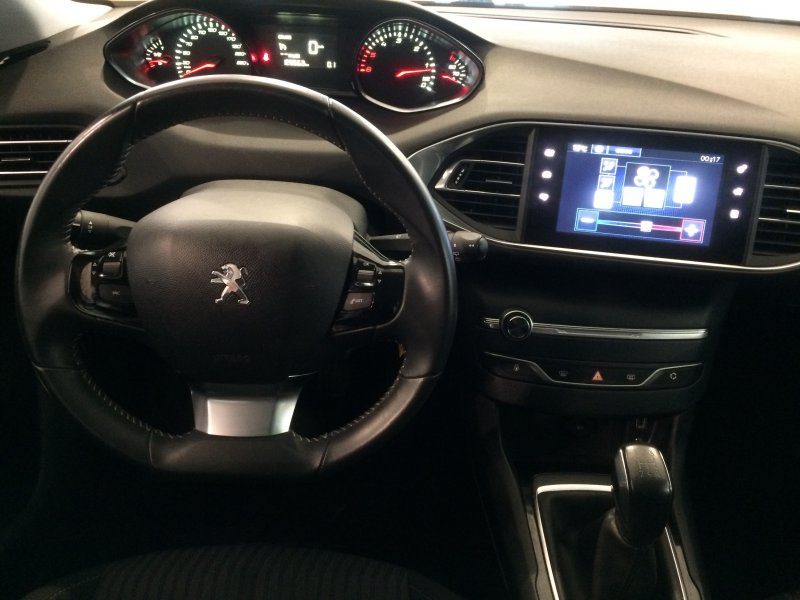 Peugeot 308 5p 1.6 HDi 92 Business Line