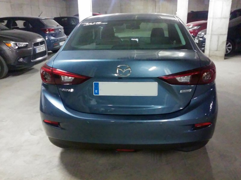 Mazda Mazda3 1.5 DE 1105 MT SDN Luxury