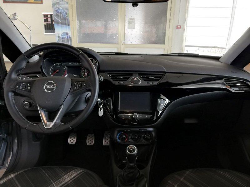 Opel Corsa 1.4i 90cv COLOR EDITION