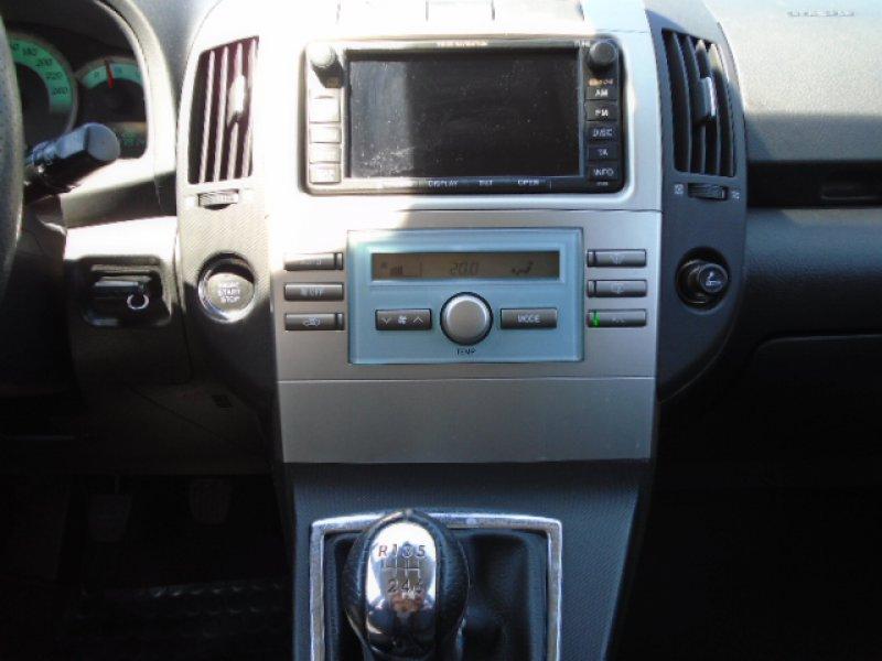 Toyota Corolla Verso 2.2 D-4D 177cv Sport Sol