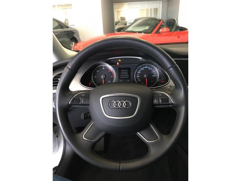 Audi A4 2.0 TDI 150 multitronic S line edition