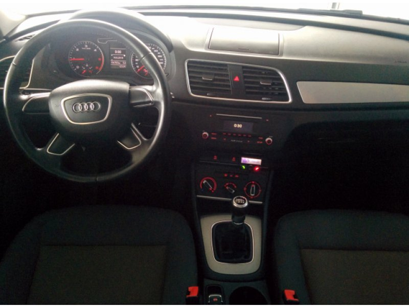 Audi Q3 2.0 TDI 140cv Advance