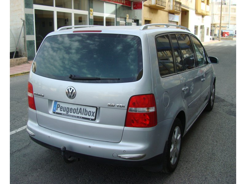 Volkswagen Touran 2.0 TDI DSG ADVANCE 140cv Automático Advance