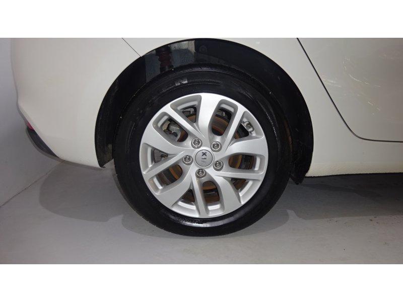Kia Carens 1.7 CRDi VGT 85kW Eco-Dynamics Concept