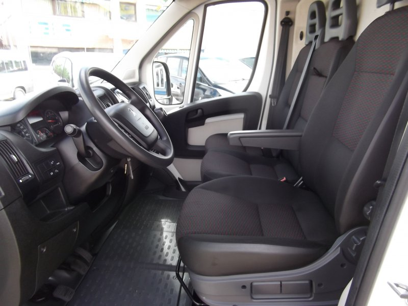 Peugeot Boxer 330 L1H1 HDi 130 -