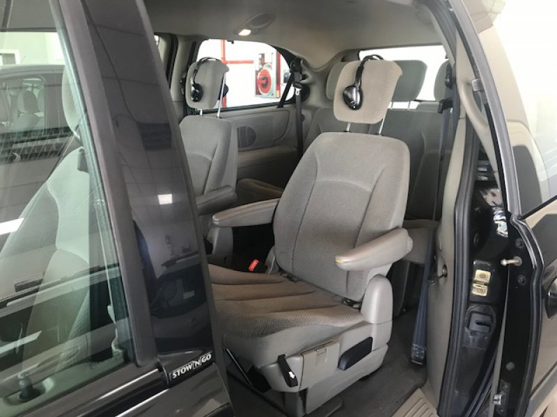 Chrysler Grand Voyager 2.8 CRD AUTO SE STROWN GO