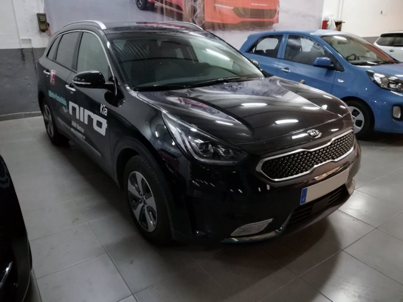 Kia Niro 1.6 GDi Híbrido Enchufable 104kW Emotion