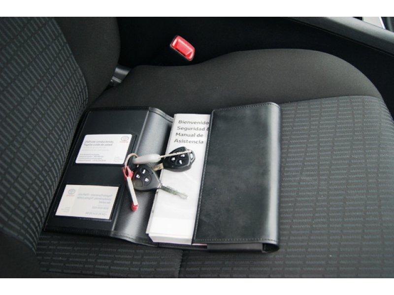 Toyota Avensis 2.0 D-4D Active