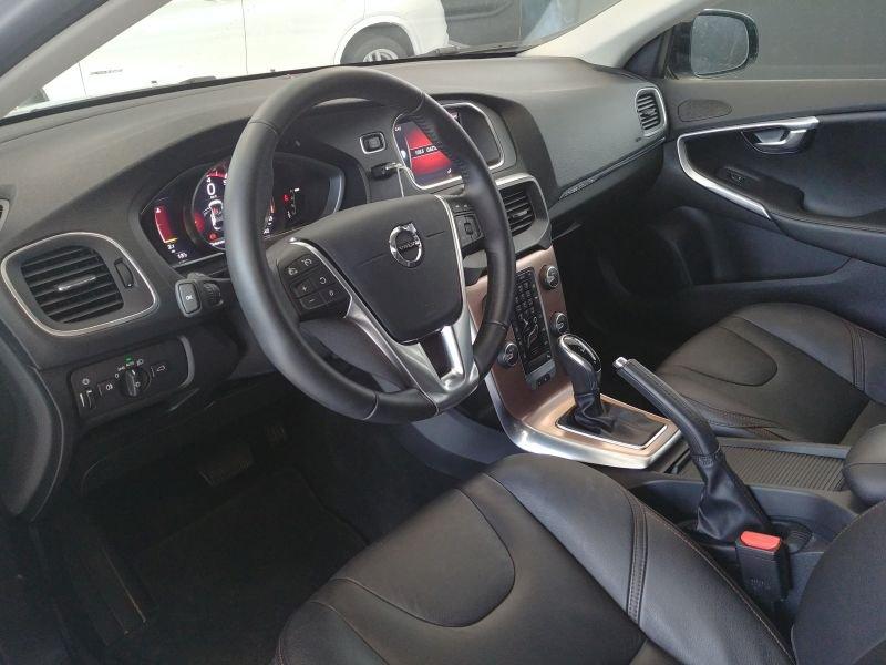 Volvo V40 Cross Country 1.5 T3 Auto Pro