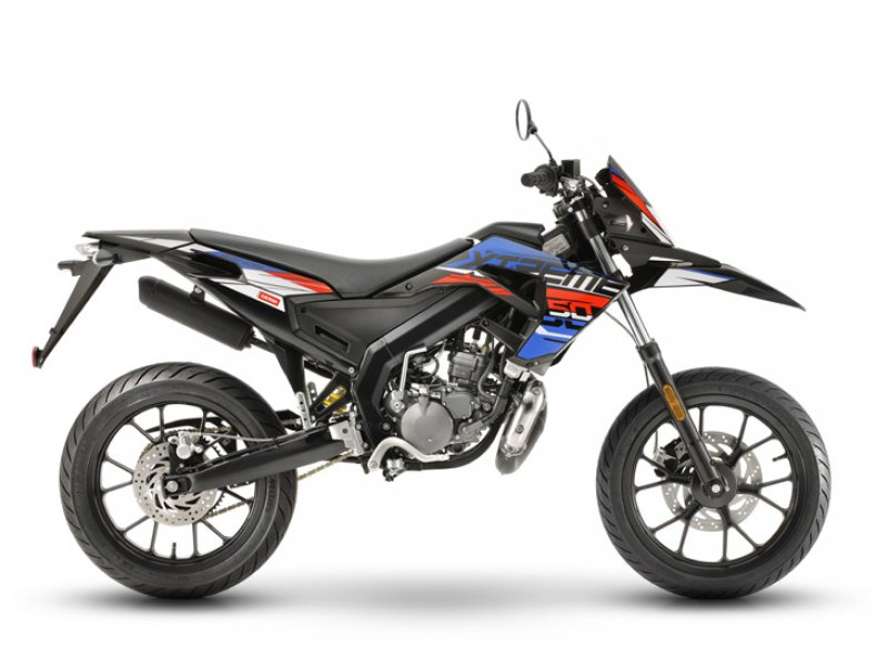 Derbi Senda X-treme 50 SM NUEVO MOTOR 50cc. 2T E4