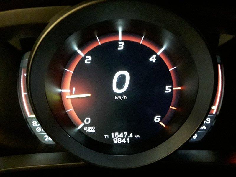Volvo V40 Cross Country D2 Auto Momentum