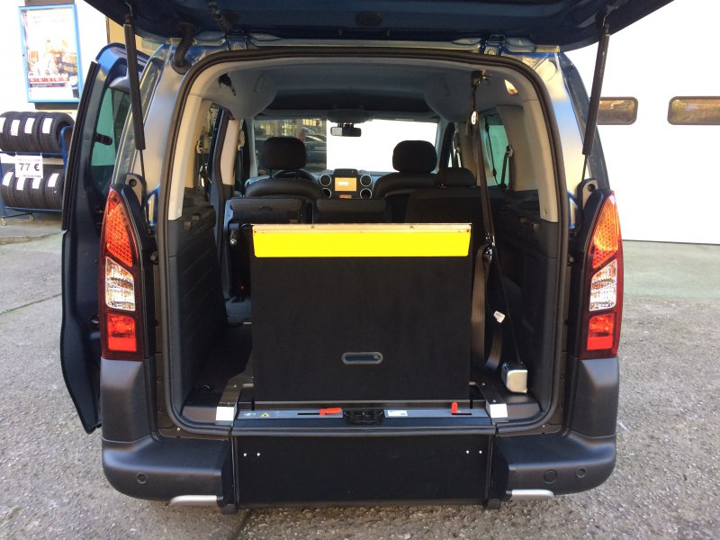 Citroen Berlingo 1.2 Puretech 110 CV MULTISPACE ADAPTADA MINUSVALID MULTISPACE