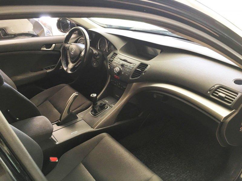 Honda Accord TOURER 2.2 i-DTEC Elegance