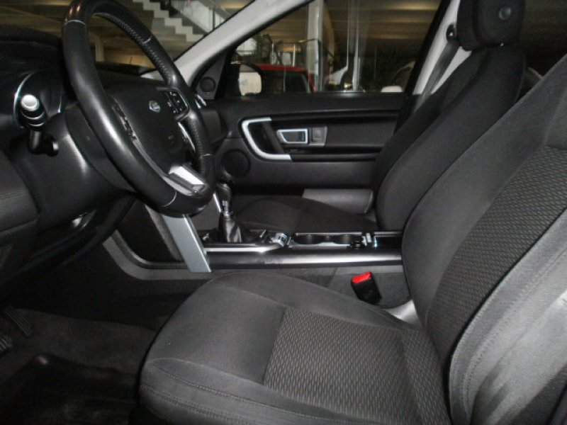 Land Rover Discovery Sport TD4 4WD SE
