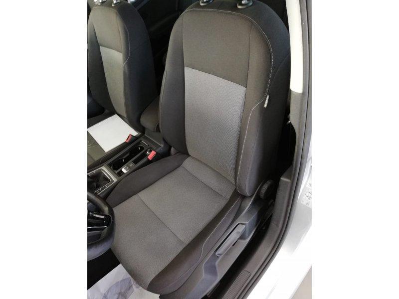 Volkswagen Golf Business 1.6 TDI 110CV BlueMotion Business Bluemotion