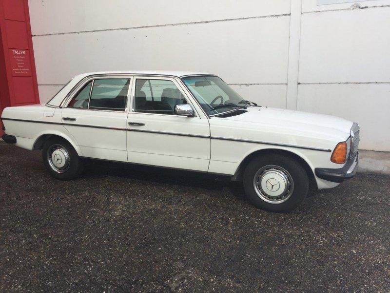 Mercedes-Benz 200 gasolina