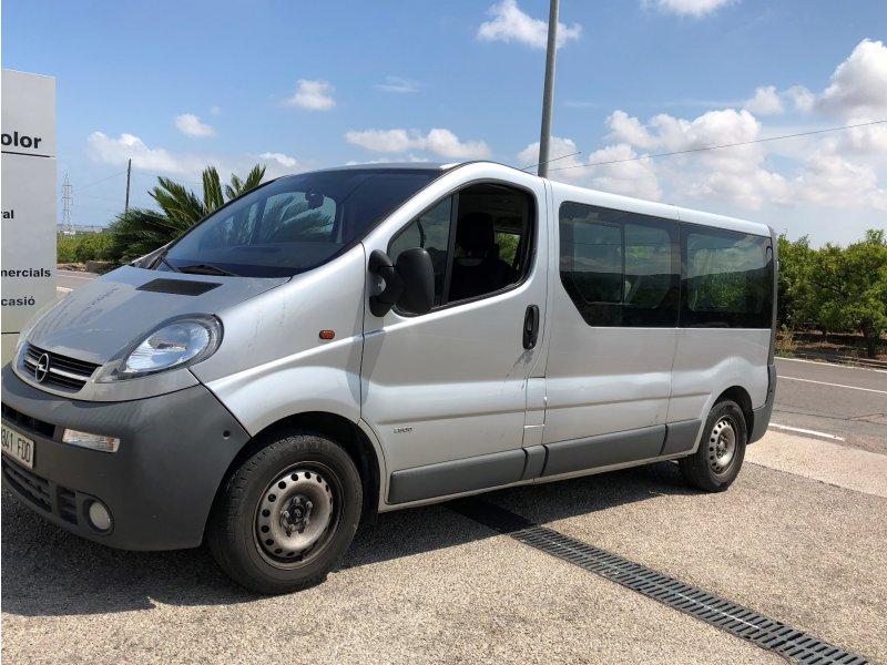 Opel Vivaro 1.9DTI Largo 2.9t Combi-9 -