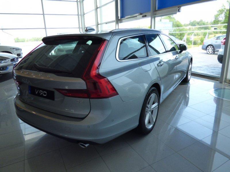 Volvo V90 2.0 D4 Auto Momentum Momentum