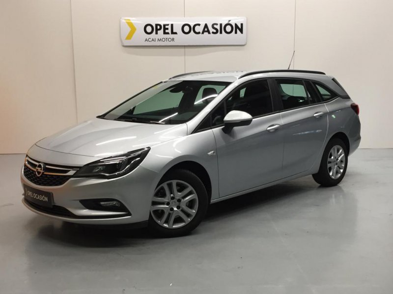 Opel Astra 1.6 CDTi 110 CV ST Business +