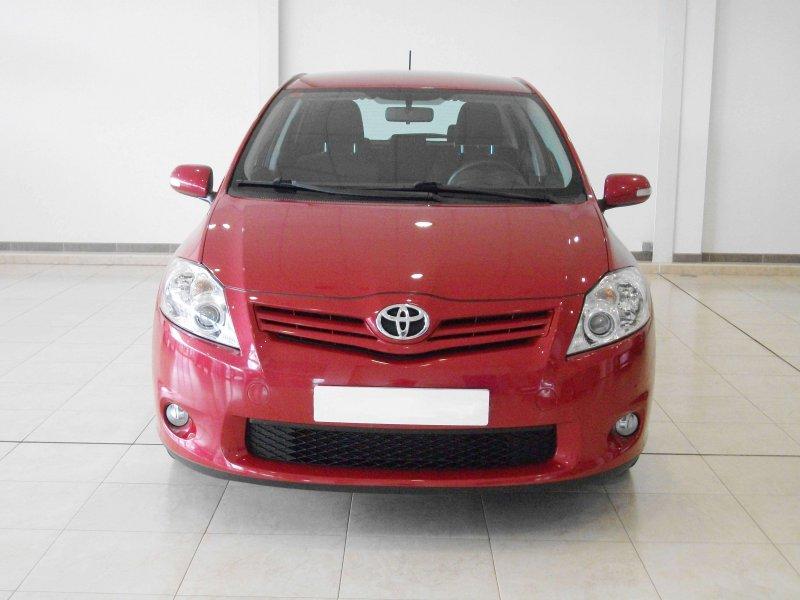 Toyota Auris 2.0 D-4D Advance