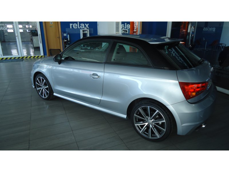 Audi A1 1.4 TDI 90CV ultra Attraction Attraction