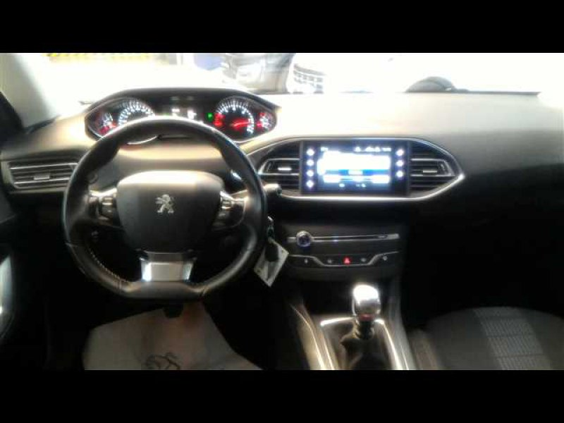 Peugeot 308 5p 1.6 BlueHDi 120 Allure