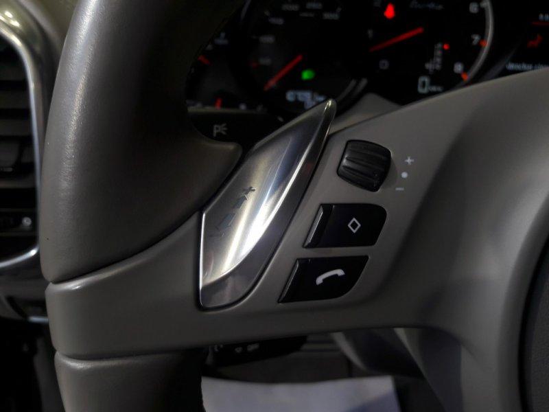 Porsche Cayenne 4.8 V8 Tiptronic Turbo