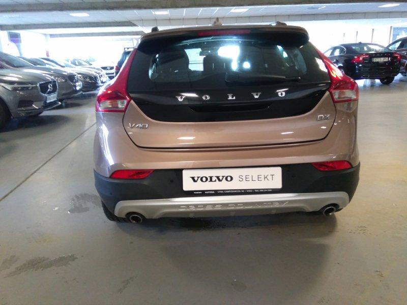 Volvo V40 Cross Country 2.0 D3 Momentum