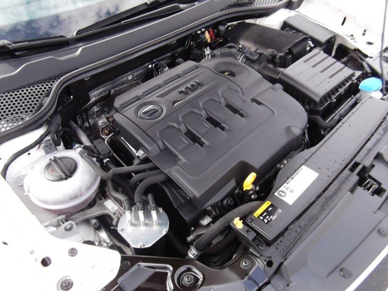 SEAT Nuevo León 1.6 TDI 110cv St&Sp Ecomotive I-Tech
