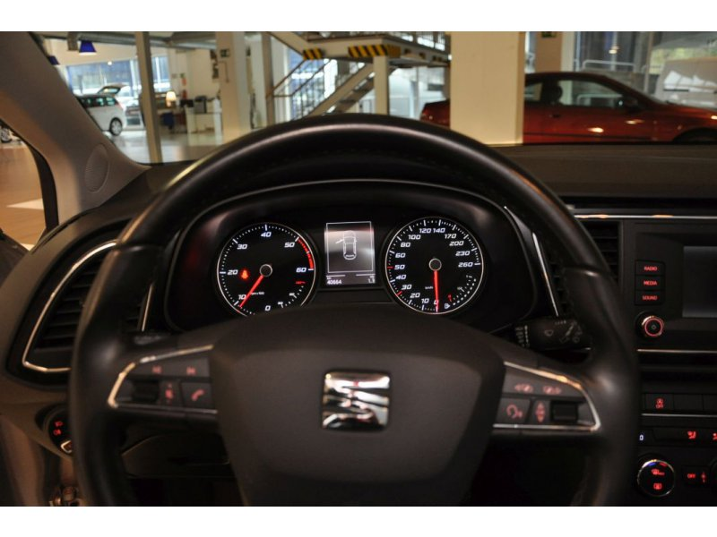 SEAT Nuevo León 1.6 TDI 110cv St&Sp Style