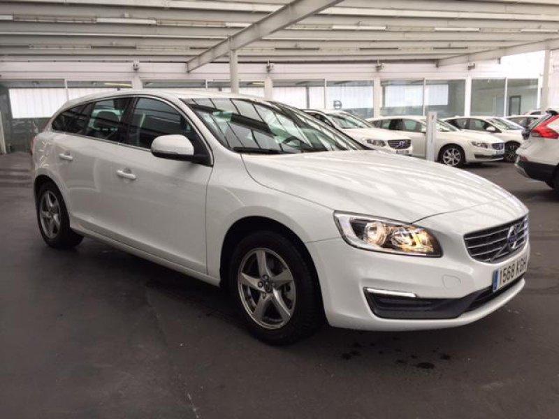 Volvo V60 2.0 D2 Momentum