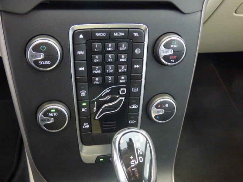 Volvo V40 2.0 D3 Momentum Automático Momentum