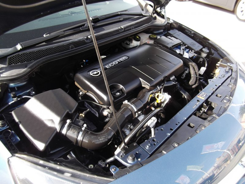 Opel Astra 1.7 CDTi 130 CV Selective Business