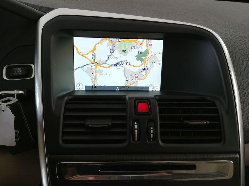 Volvo XC60 2.4 D4 AWD Momentum manual Momentum