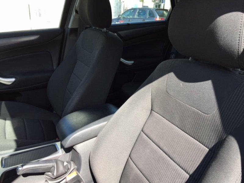 Ford Mondeo 2.0 TDCi 140 Powershift Sportb. Titanium