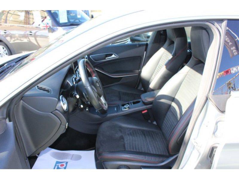 Mercedes-Benz Clase CLA CLA 220 CDI Aut. AMG Line