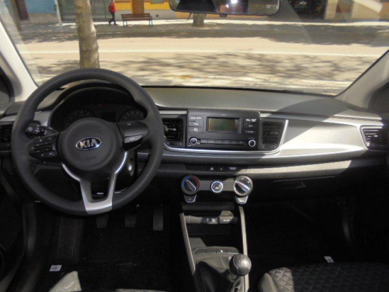 Kia Rio 1.2 CVVT 84CV Concept
