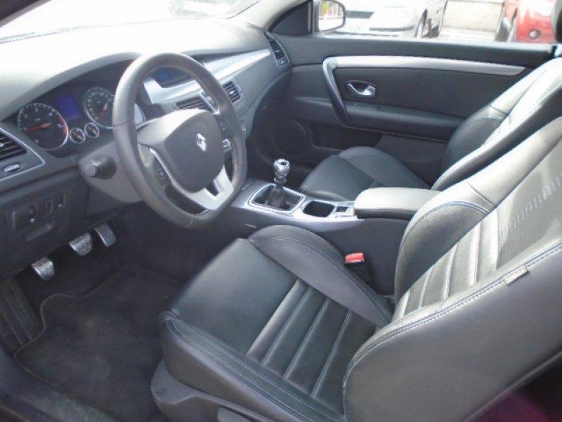 Renault Laguna 2.0dCi 175CV Coupé