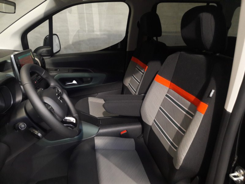 Citroen Berlingo Talla XL BlueHDi 130 S&S 6v SHINE 7 plazas. Shine