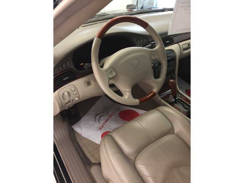 Cadillac Seville A STS