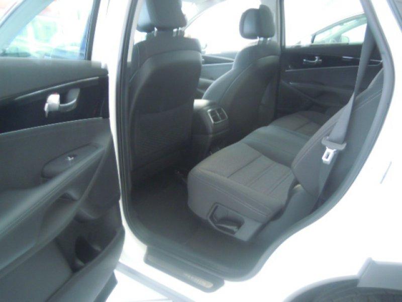 Kia Sorento 2.2 CRDi Auto 4x4 Drive