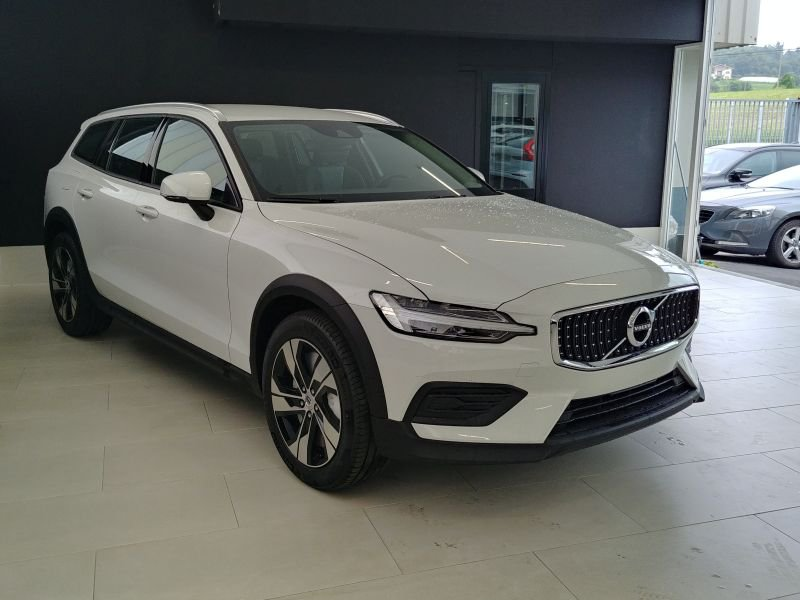 Volvo V60 Cross Country 2.0 D4 AWD Auto Cross Country