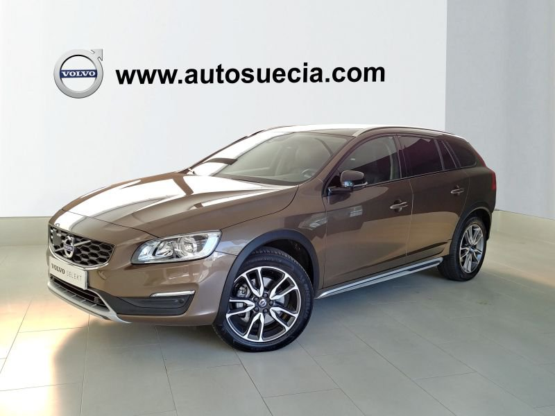 Volvo V60 Cross Country 2.0 D4 Auto Pro