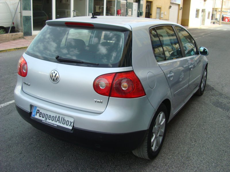Volkswagen Golf 1.9 TDI 105cv Automático Sportline