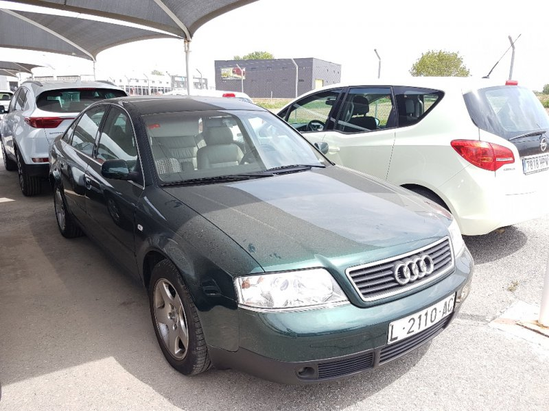 Audi A6 2.4 -