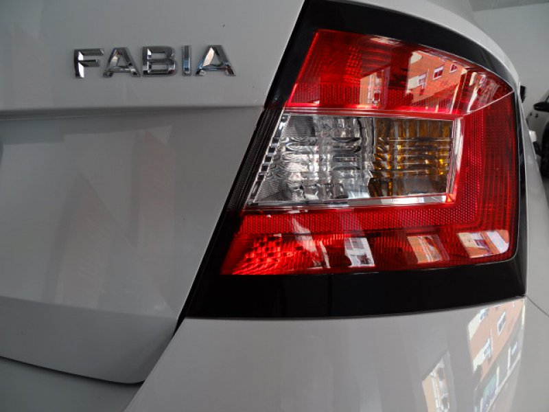 Skoda Fabia 1.0 MPI 75cv Ambition