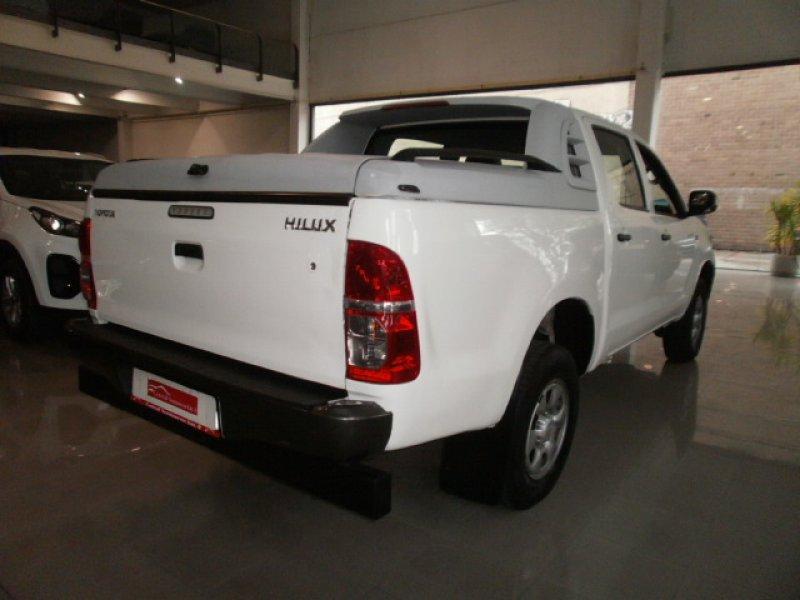 Toyota Hilux 2.5 D-4D Cabina Doble GX